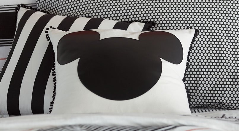 Shop Disney Gifts by Price
