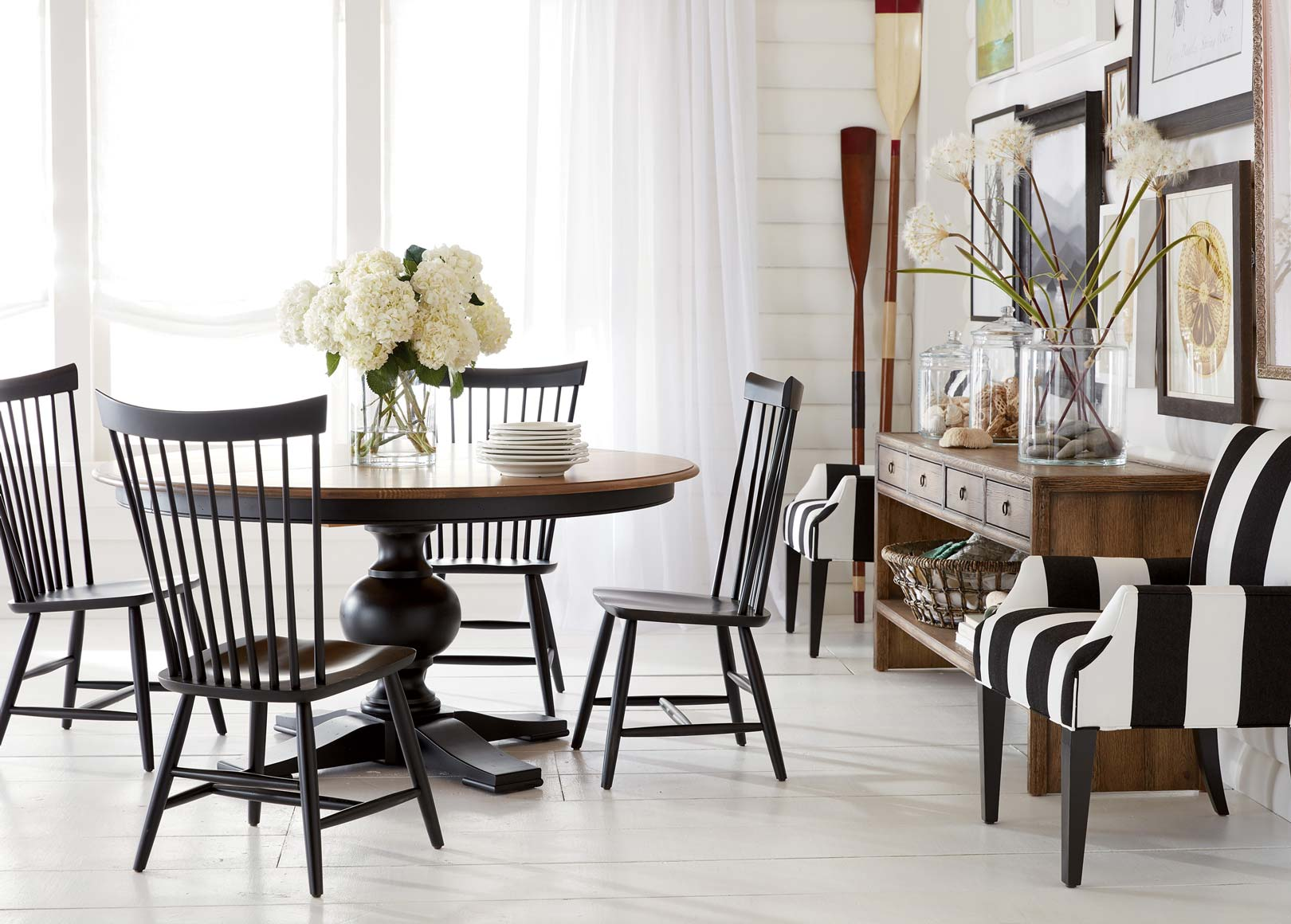 Beachy bistro dining room ethan allen for Ethan allen dining room