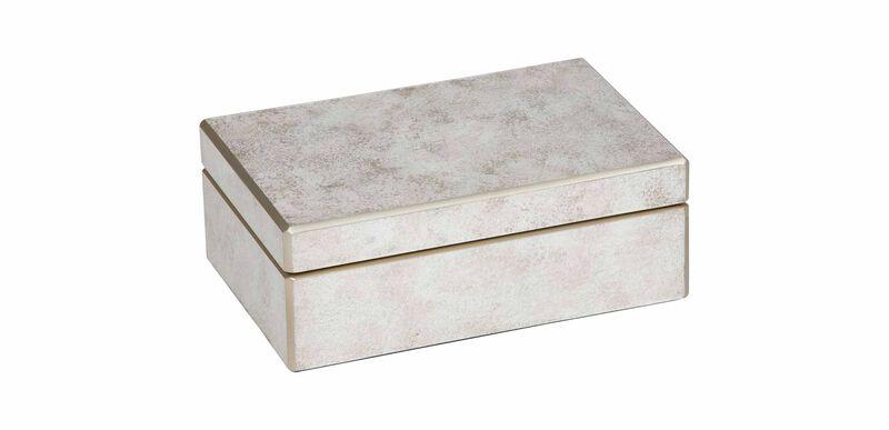 Zaria Small Pink Box