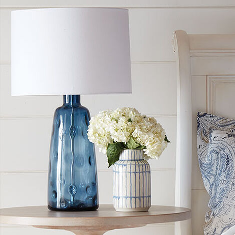 Tino Glass Table Lamp Product Tile Hover Image 096141MST