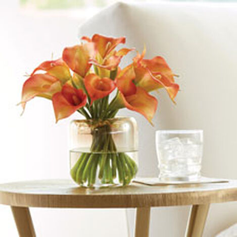 Calla Lilies in Round Glass Vase Product Tile Hover Image 442225