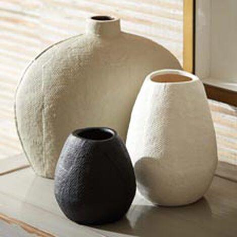 Amaya Textured Vase Product Tile Hover Image AmayaVase