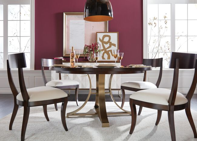 Evansview Round Pedestal Dining Table