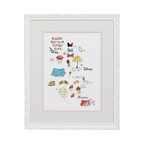 Minnie Mouse Wardrobe Study Product Tile Image 070062