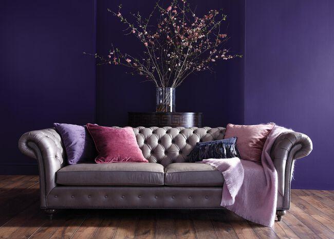 Mansfield Sofa, 22\