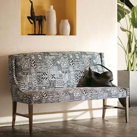 Aldrich Bench Product Tile Hover Image 207022