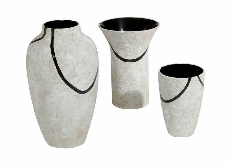 Jonaguchi Vases | Tuggl