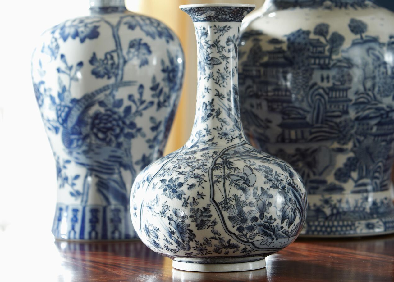 Decorating With Blue And White China: Blue And White Porcelain Vase