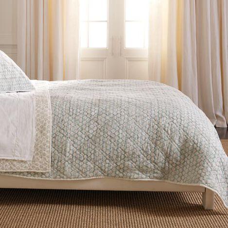 Foulard Block Print Full/Queen Quilt Product Tile Image 0319235