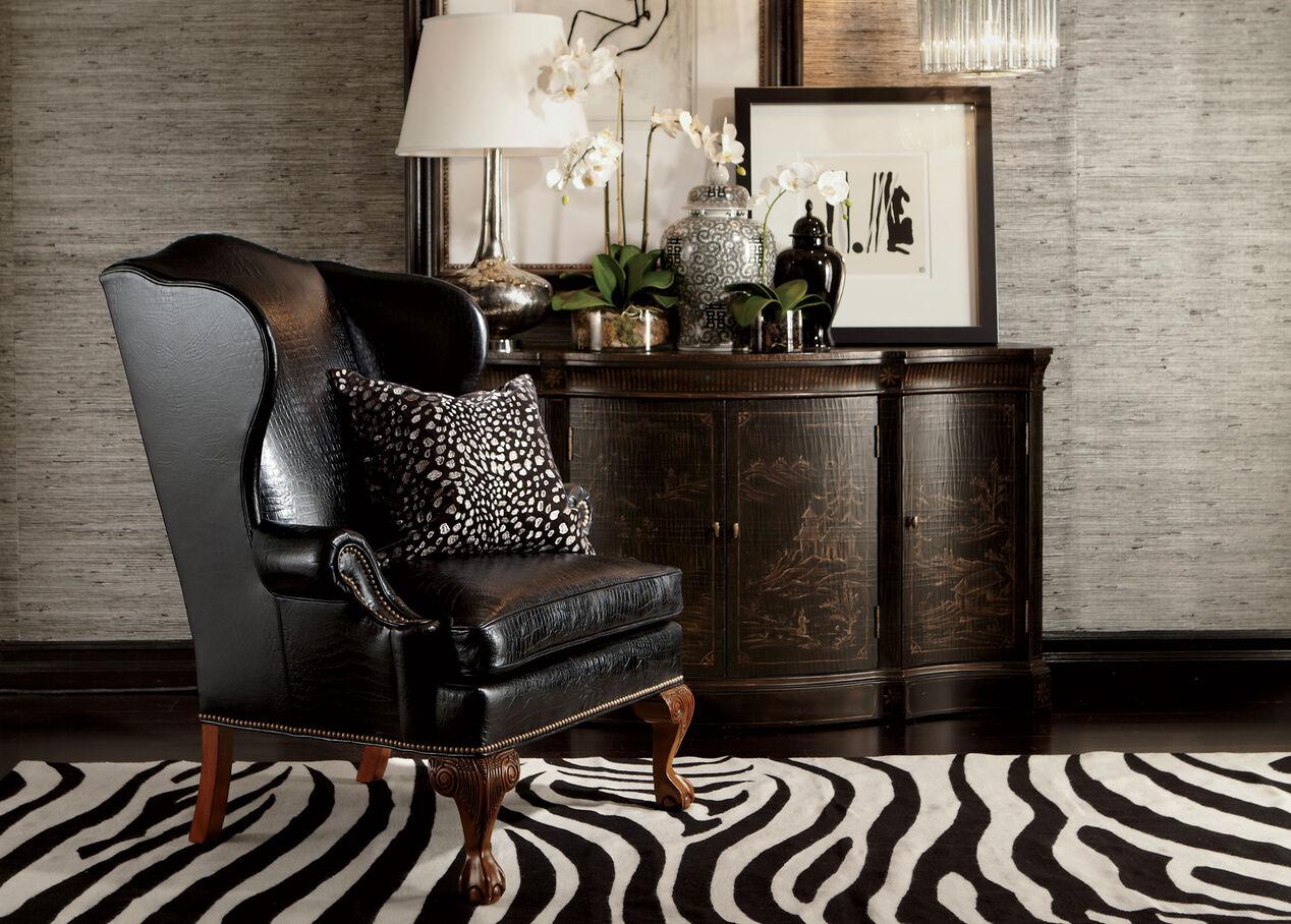 Where Is Vivianne Living Room