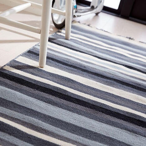 Tricolor Striped Rug Product Tile Hover Image 041005
