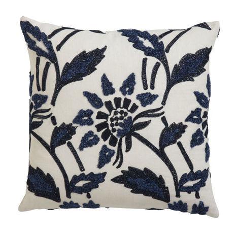 Bouclé Linen Pillow Product Tile Image 065607   NVY