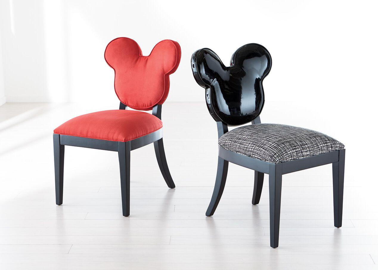 Mickey Mouse Everywhere Chair Alt