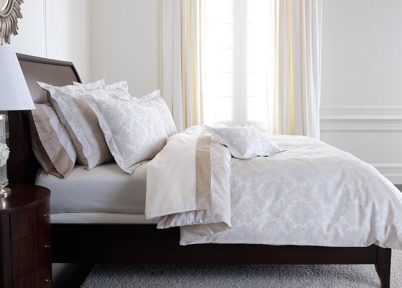 Bayley Damask Full/Queen Duvet Cover, White and Flax