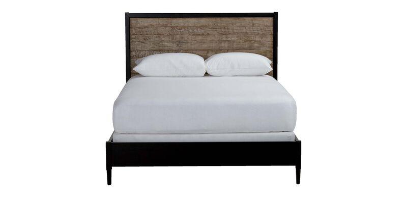 Merrick Bed