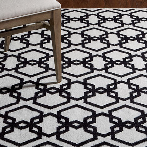 Interlock Rug, Ivory/Black Product Tile Hover Image 041217