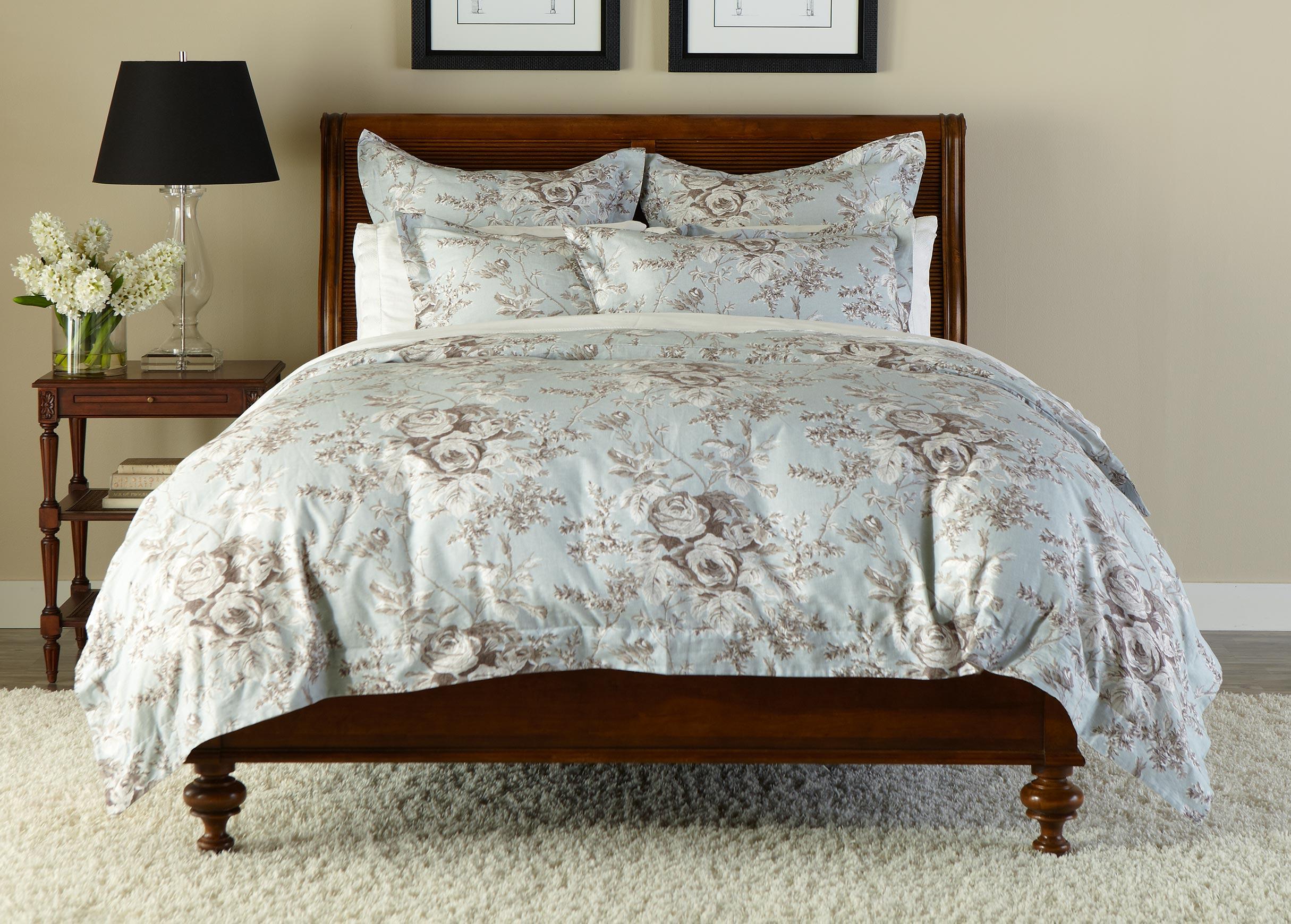loxely floral duvet cover and shams ethan allen. Black Bedroom Furniture Sets. Home Design Ideas