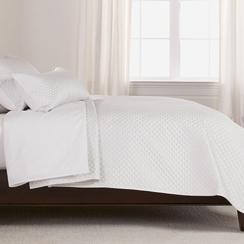 Salena Quilted Coverlet, Full/Queen Pearl Product Thumbnail