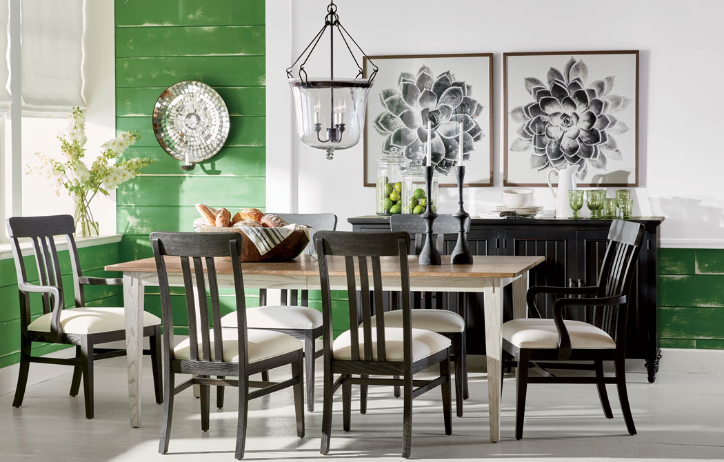 Palette-Pleasing Dining Room Main Image