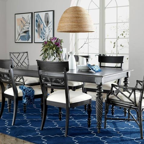 Island-Inspired Dining Room Tile